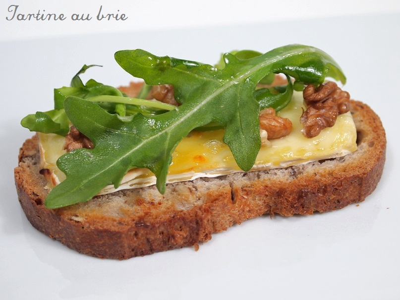 http://confitbanane.files.wordpress.com/2011/08/tartine-au-brie.jpg
