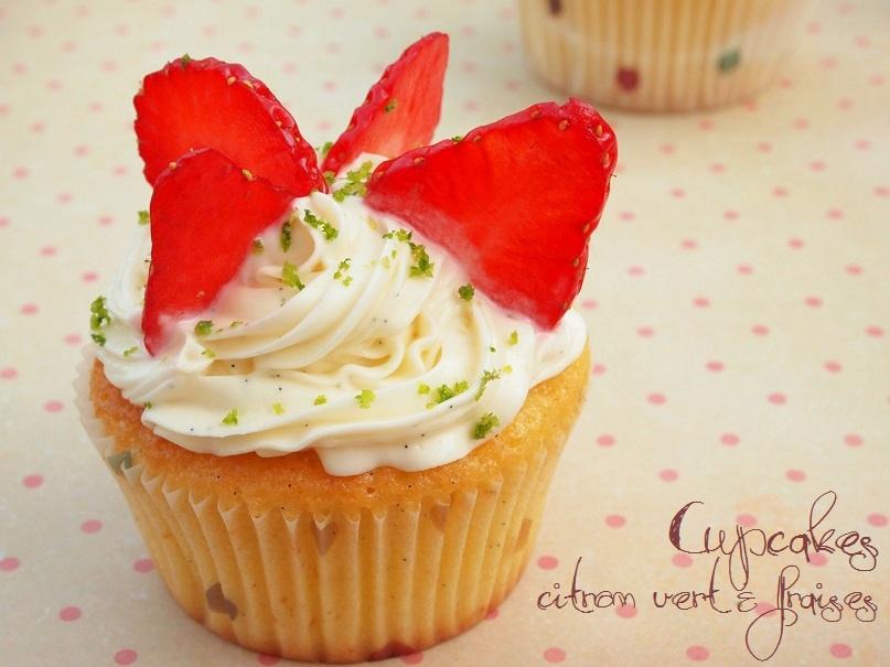 Cupcakes au citron vert et à la fraise - http://www.confitbanane.com/